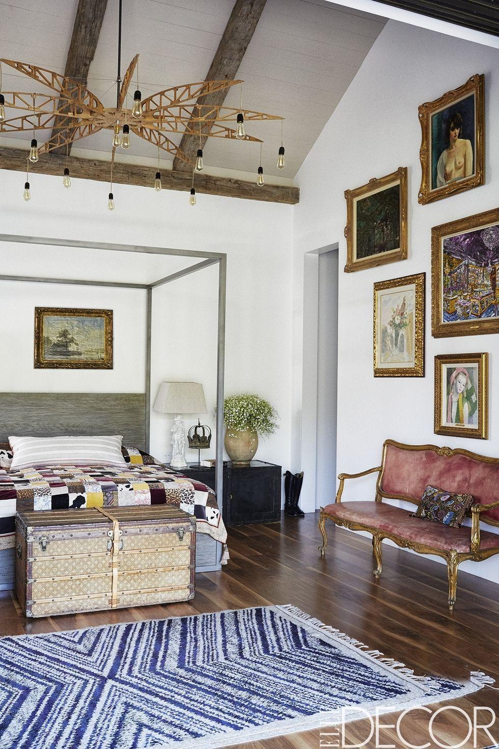 Bedroom Decorating Ideas In Image of Minimalist