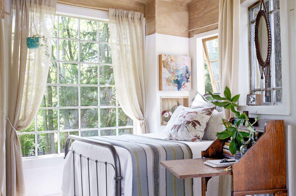 small bedroom nightstand
