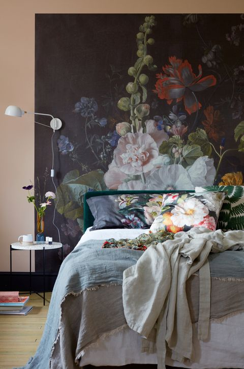 9 Bold Floral Home Decor Ideas Floral Room Decor Inspiration