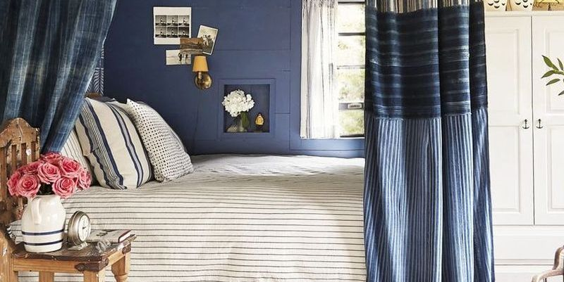 7 Non-Permanent Ways to Decorate Your Bedroom