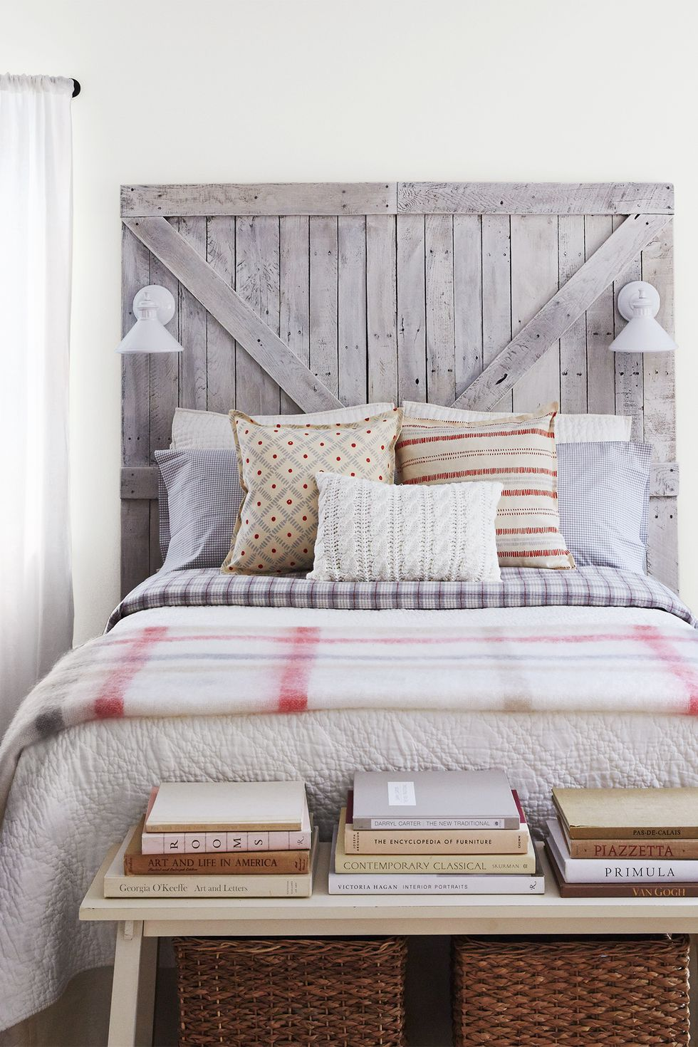 31 Small Space Ideas To Maximize Your Tiny Bedroom: Small Bedroom Storage Ideas To Maximize Space In Your Home