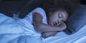 How to combat bedwetting in children