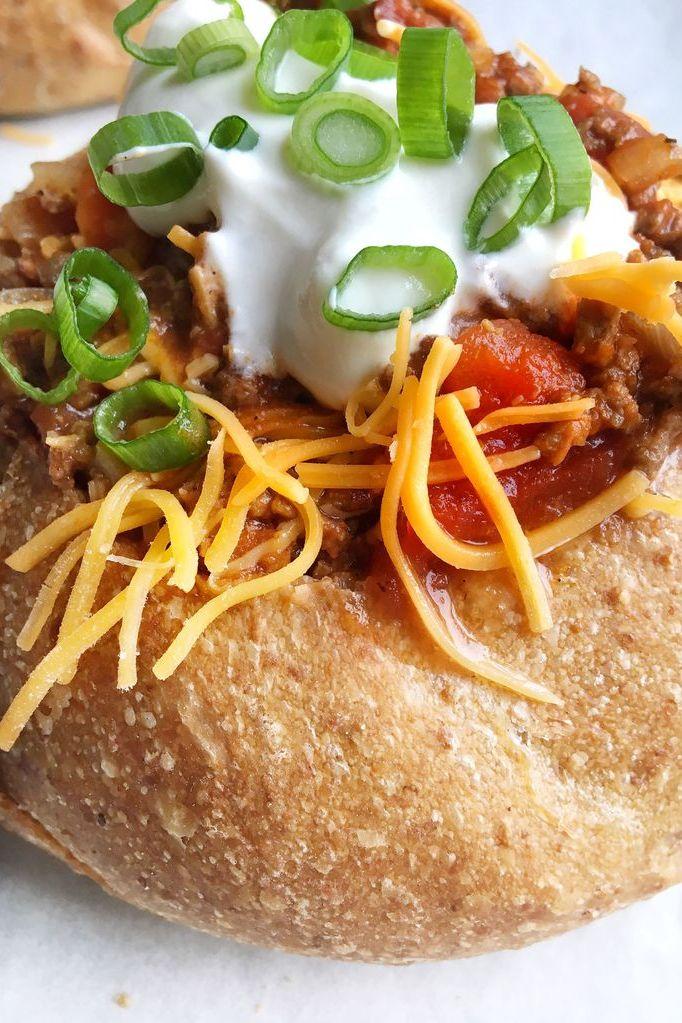 beef chili bread bowl