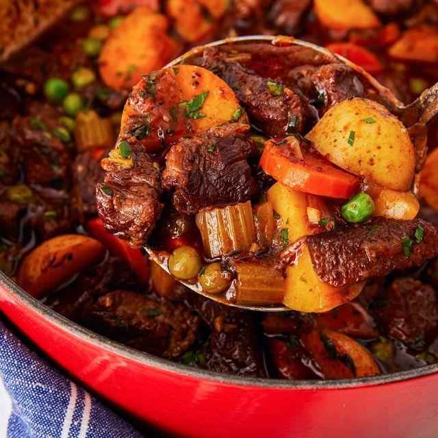 Dish, Food, Cuisine, Ingredient, Meat, Pot roast, Beef bourguignon, Galbijjim, Braising, Romeritos,