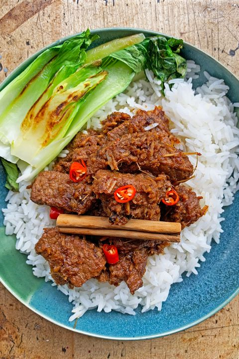 been rendang curry with sticky jasmine rice and pak choi