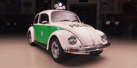 Land vehicle, Vehicle, Car, Motor vehicle, Coupé, Classic car, Volkswagen beetle, Antique car, Classic, Vintage car,