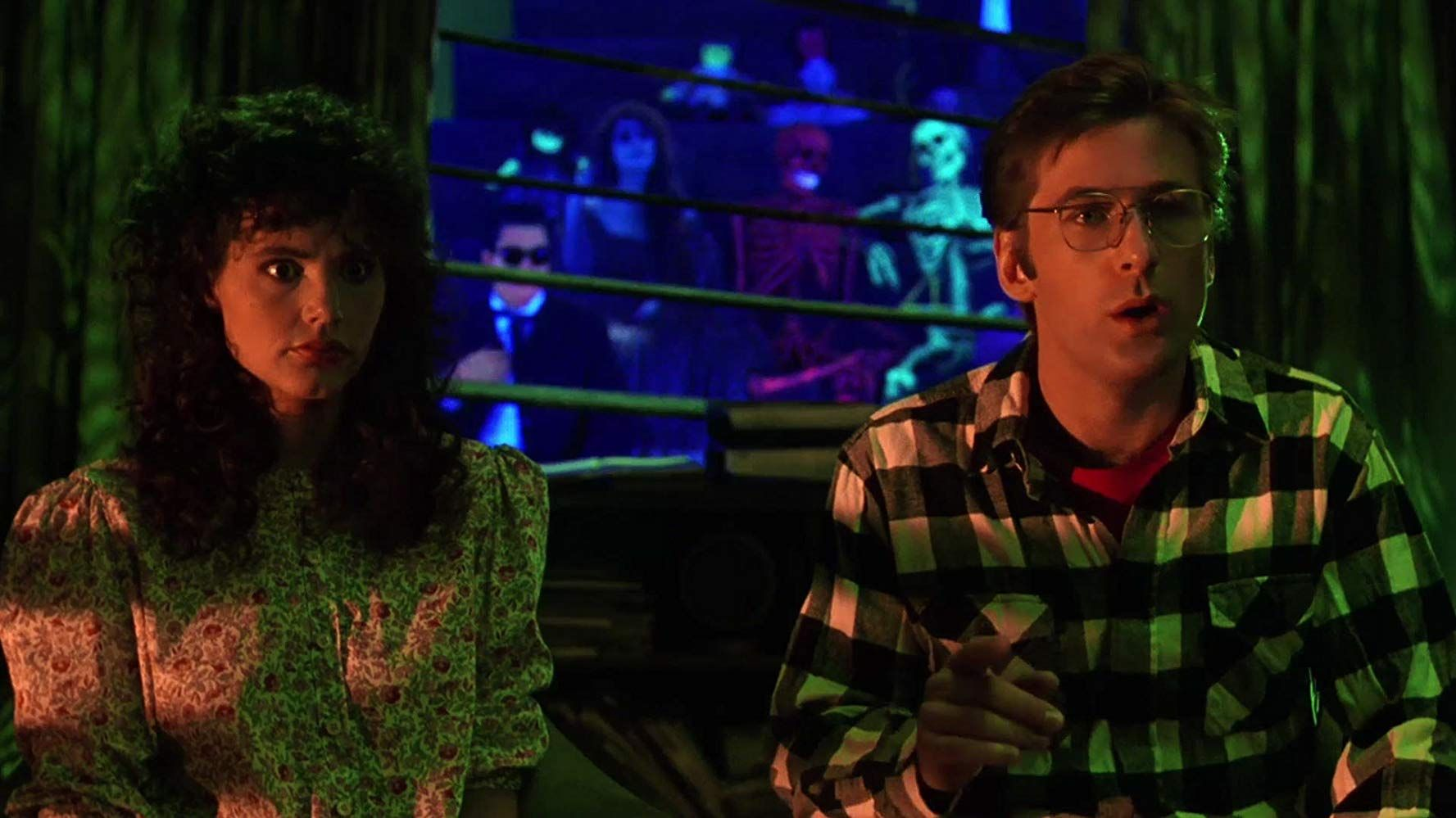 Beetlejuice Is a Horror-Fantasy-Comedy Hybrid Above All Categorization