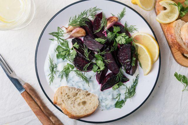 beetroot with herby yogurt dip, vegetarian snack