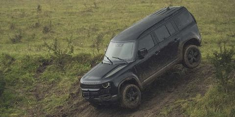 New Land Rover Defender 110 to Appear on Screen in New Bond Movie