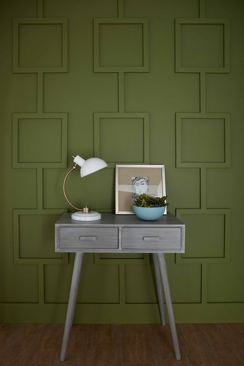 Behr Secret Meadow green painted walls. #secretmeadow #behrsecretmeadow #paintcolors #greenpaintcolor