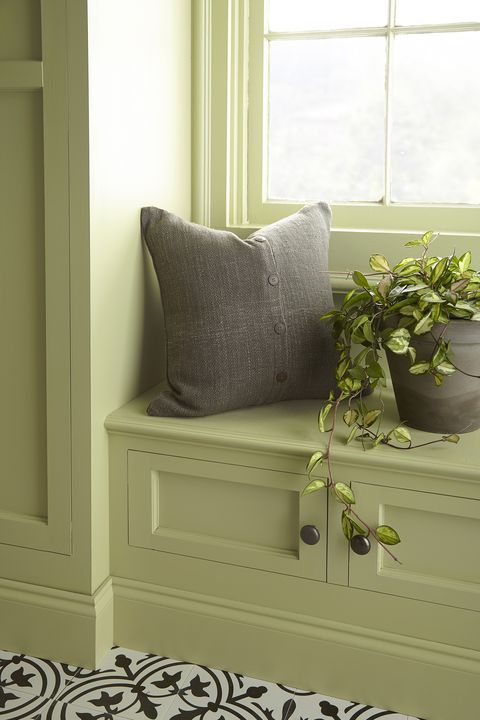 Walls: Back to Nature S340-4    Trim: Back to Nature S340-4    Cabinets: Back to Nature S340-4