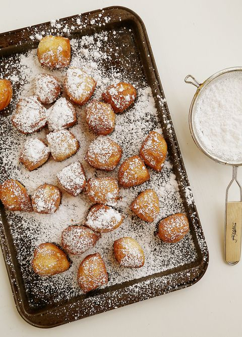 Dish, Food, Cuisine, Powdered sugar, Ingredient, Malasada, Dessert, Ricciarelli, Poffertjes, Baking,