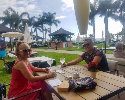 Vacation, Meal, Lunch, Tourism, Summer, Resort, Leisure, Restaurant, Brunch, Breakfast,