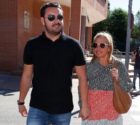 Belén Esteban y Miguel Marcos, en los juzgados contra Toño Sanchís