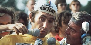 Belgian champion Eddy Merckx answers journalists u
