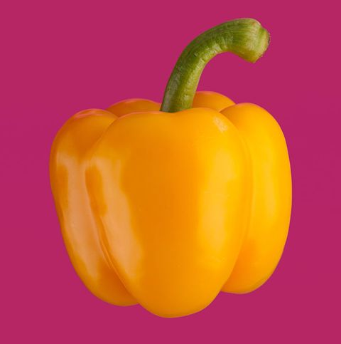 Yellow pepper, Bell pepper, Pimiento, Natural foods, Capsicum, Bell peppers and chili peppers, Vegetable, Yellow, Orange, Paprika,