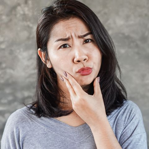 Bell's palsy symptoms, causes, treatment, longterm prognosis and other facial weakness causes.