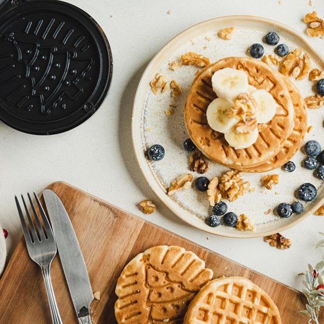 bella christmas tree mini waffle maker