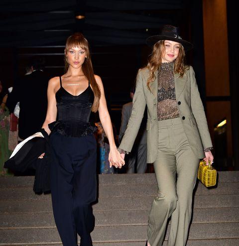 Clothing, Fashion, Fashion model, Fashion design, Dress, Footwear, Fashion show, Street fashion, Formal wear, Tights,