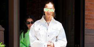 Bella Hadid Rihanna Fenty witte jurk
