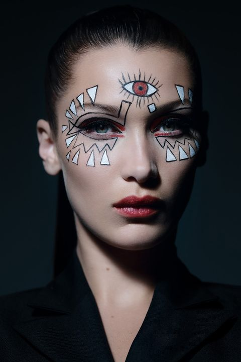 Bella Hadid for Dior - Halloween make-up