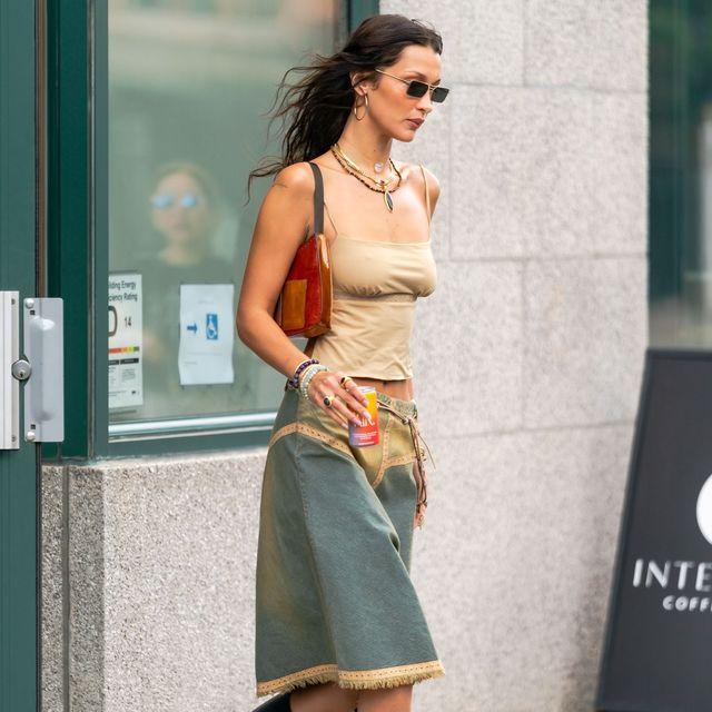 ベラ・ハディッド y2k ファッション デニムスカート
