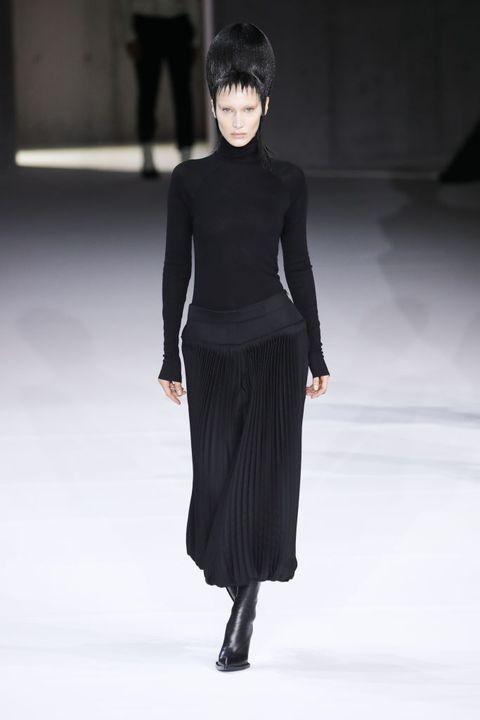 Bella Hadid : Runway