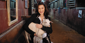 Bella Hadid in video van Vogue
