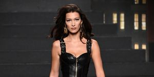 moschino-hm-collectie-looks-accessoires