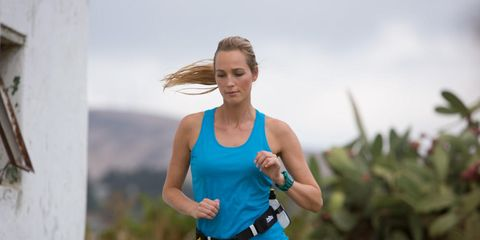 540aa9291b 5 Ways to Stay Hydrated During a Long Run | Runner's World