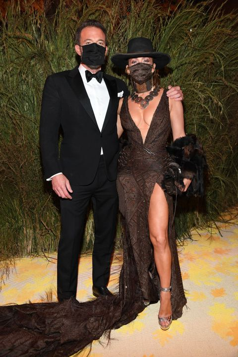 ben affleck and jennifer lopez the 2021 met gala celebrating in america a lexicon of fashion  inside