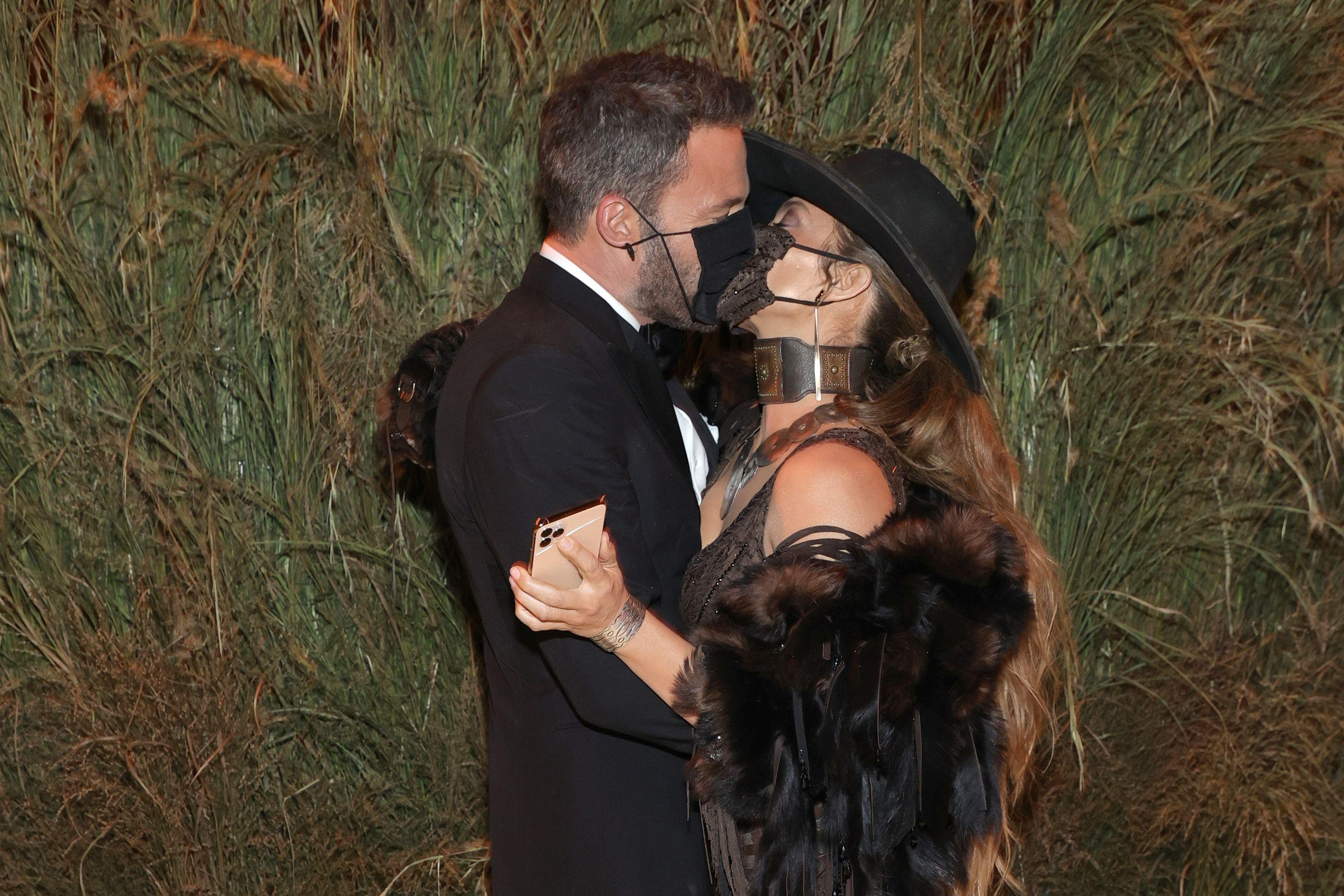 Jennifer Lopez Says She Still Feels Like a Hollywood Outsider