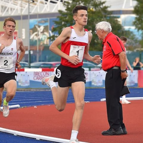 16-year-old breaks welsh 1500m record