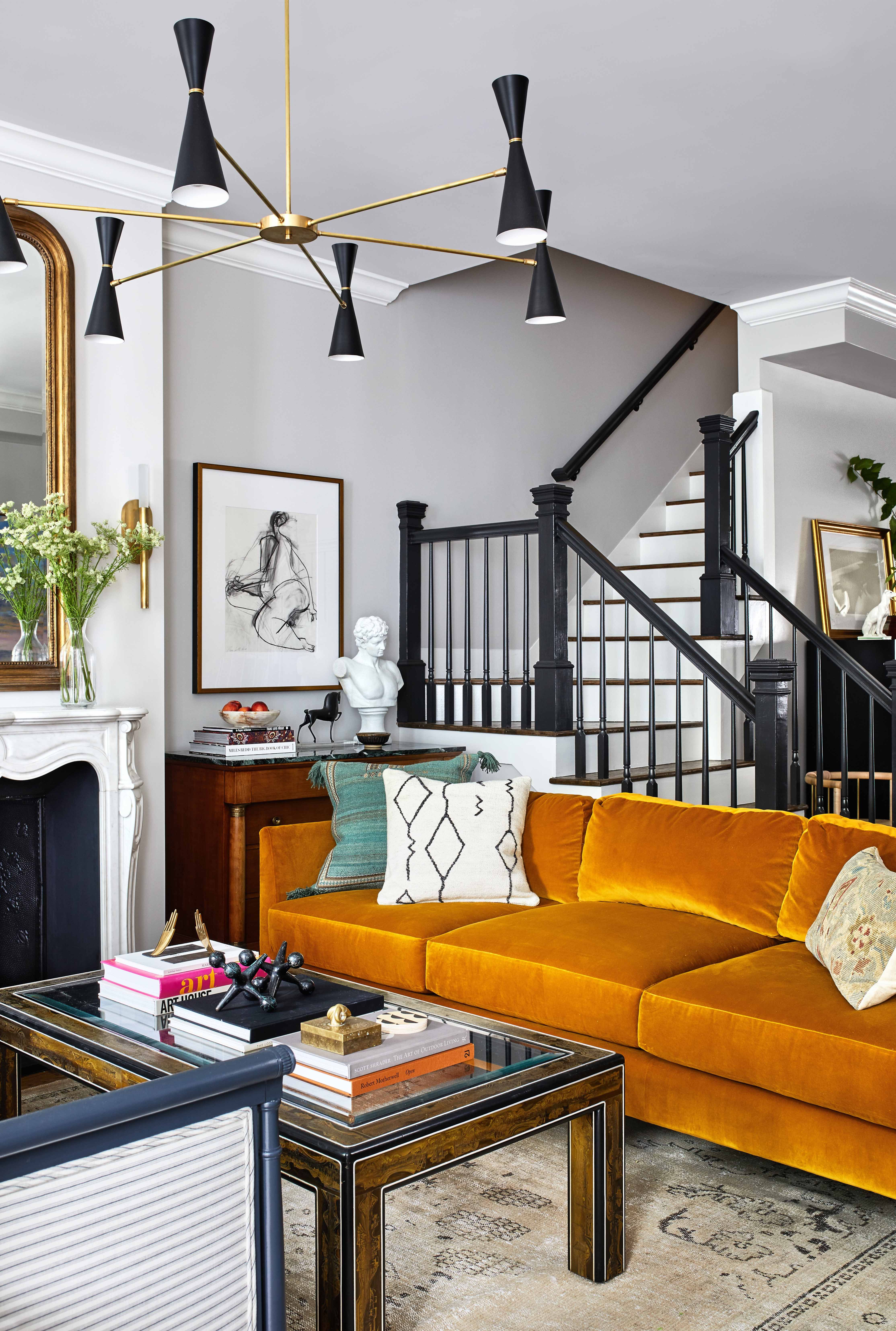 Modern Meets Traditional In This Historic D C Home A Washington D C Home By Zoe Feldman