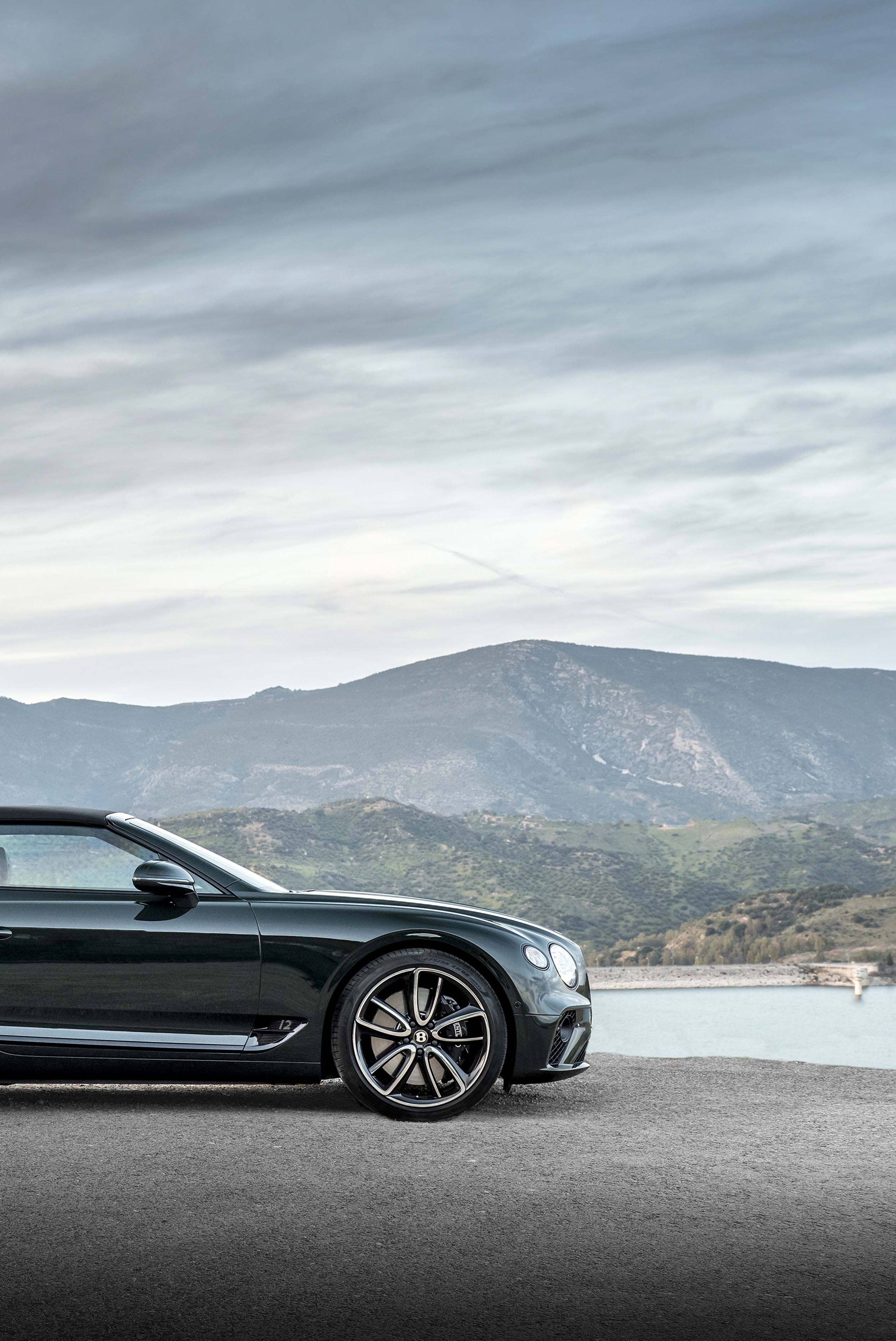 Bentley's GT Convertible Is The Perfect Car For A Very Long Roadtrip