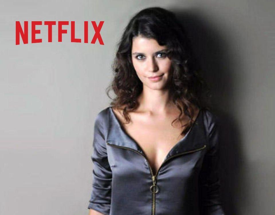 Beren Saat acaba el rodaje de 'The gift', de Netflix