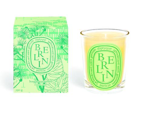 Green, Line, Font, Drinkware, Highball glass,