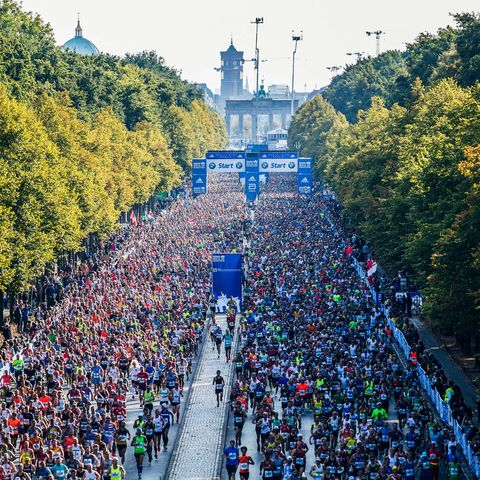 Overview of runners at the Berlin Marathon