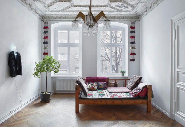 Interni total white a Berlino