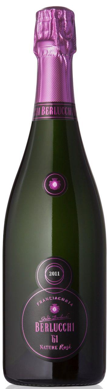 Drink, Alcoholic beverage, Bottle, Wine, Liqueur, Champagne, Alcohol, Sparkling wine, Wine bottle, Distilled beverage,