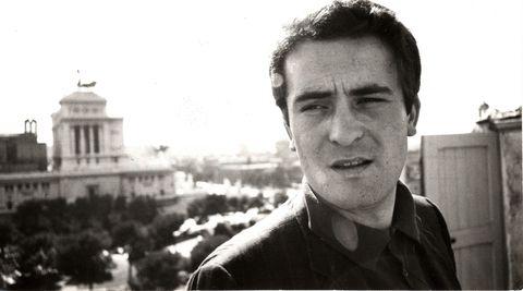 bernardo bertolucci a roma nel 1967, la foto è di gideon bachmann, dell'archivio bertolucci