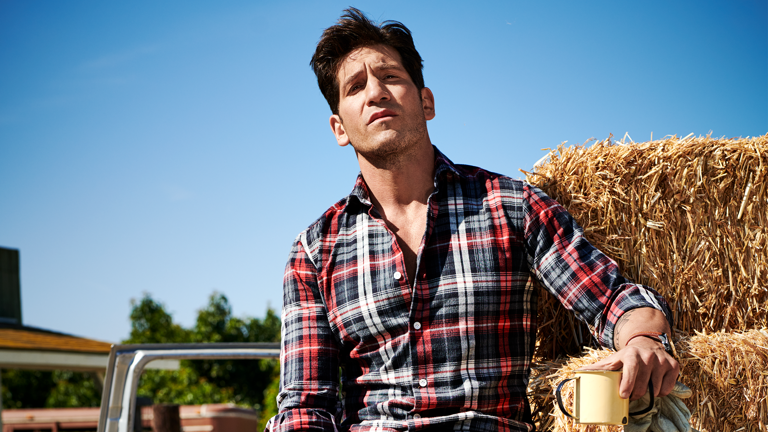 e643522989 The Punisher' Star Jon Bernthal Opens Up About Family, Workouts