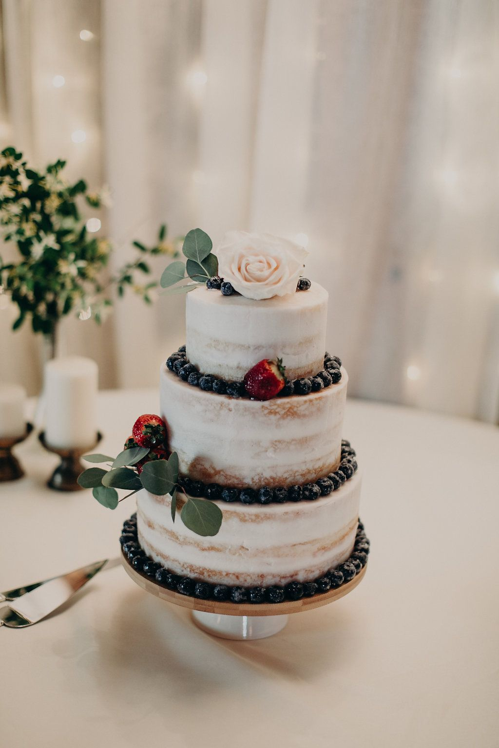 12 Fall Wedding Cakes Fall Themed Wedding Cake Ideas