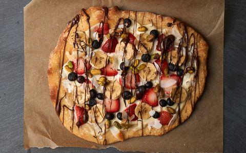 Craft a Dessert Pizza