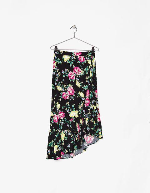 31a6576cd1 Cómo llevar una falda de flores  - Faldas de flores  por si no lo ...
