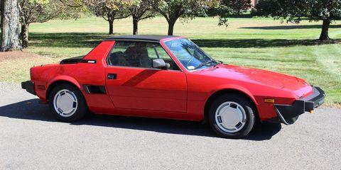 Land vehicle, Vehicle, Car, Regularity rally, Coupé, Sports car, Classic car, Fiat x1/9, Sedan, Fiat,