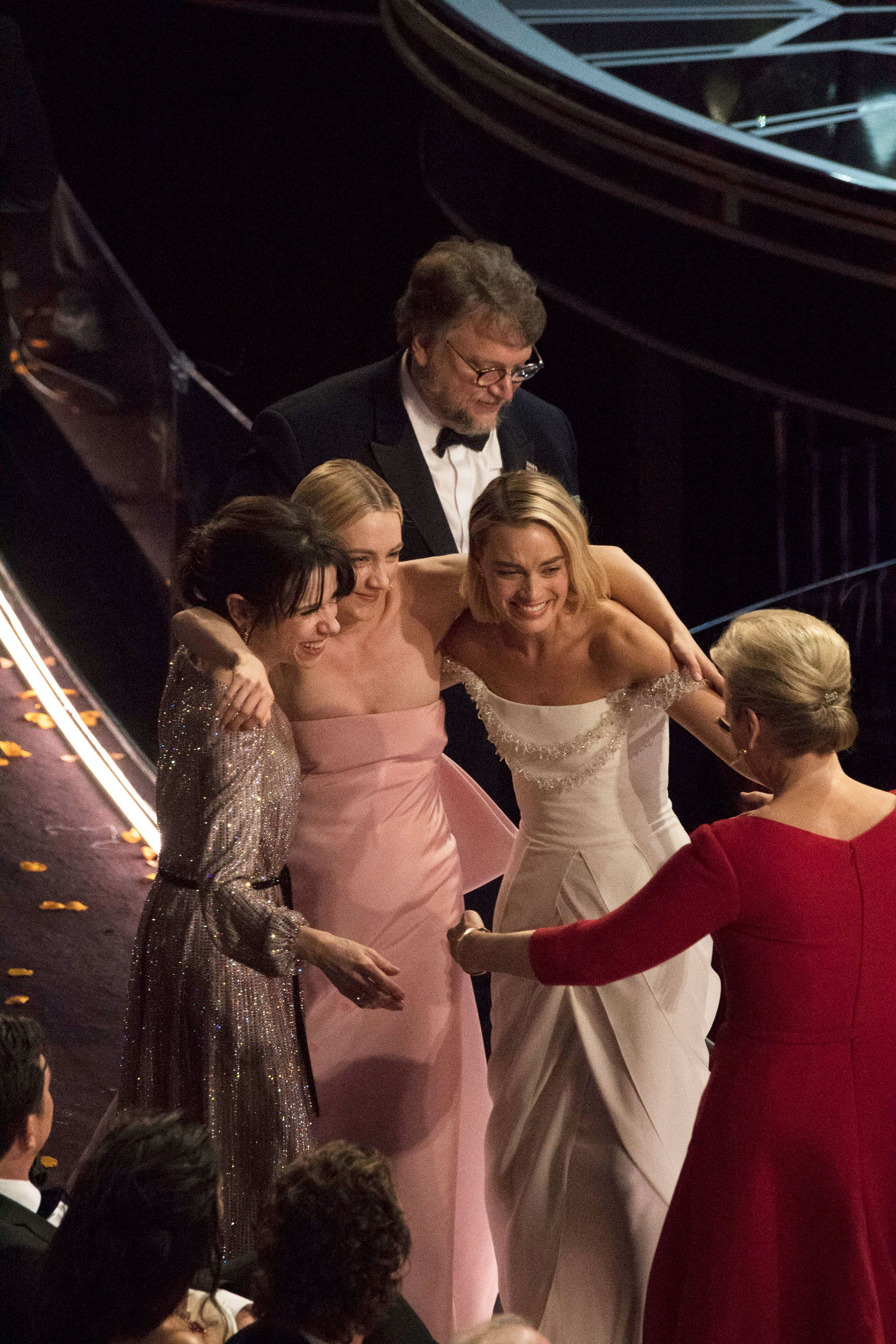 The Best Actress Nominees Hugged It Out After Losing to Frances McDormand