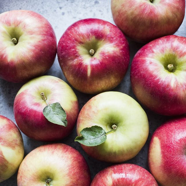 10 Best Apples For Cooking And Baking