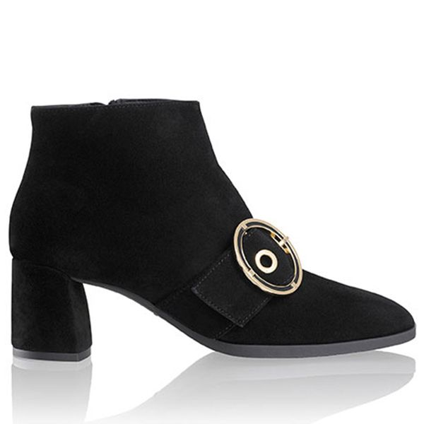 9520c971d 43 black ankle boots you need - best women's ankle boots