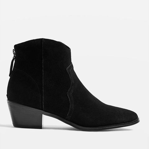 b92f66b19a2 43 black ankle boots you need - best women's ankle boots